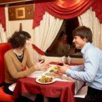 Фирменный поезд «Экспресс» вагон-ресторан