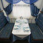 Фирменный поезд «Лотос»: вагон-ресторан