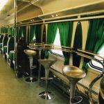 Интерьер вагона-ресторана фирменного поезда «Волга»