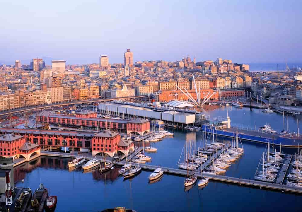 Круизный порт в Италии