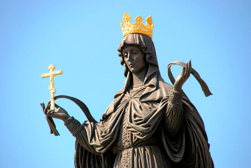 Монумент в честь святой великомученице Екатерины