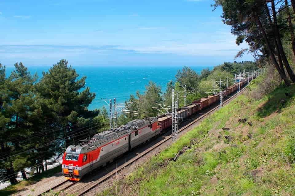 Поезд из Санкт-Петербурга в Крым