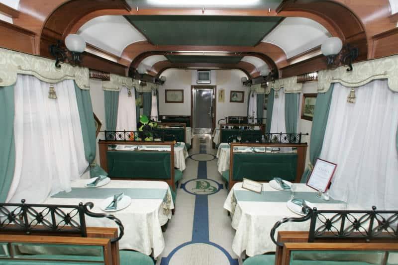 Ресторан поезда