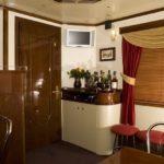 VIP-бар вагона «Люкс» фирменного поезда «Гранд Экспресс»